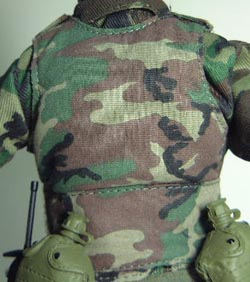 sniperjungle_vest.jpg (25562 bytes)
